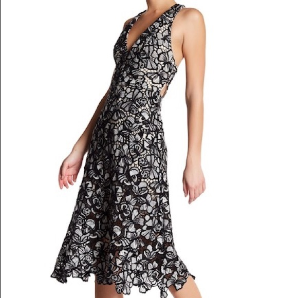 Alice + Olivia Dresses | Alice Olivia Midi Noreen Floral Yoke Dress ...